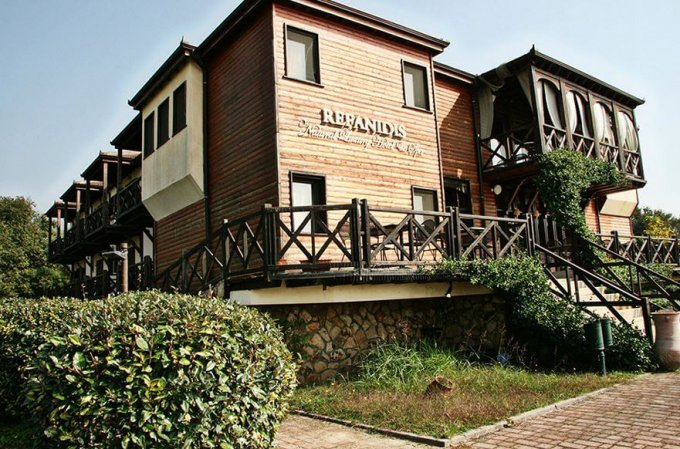 Refanidis Natural Luxury Hotel